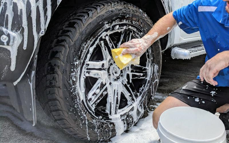 Clean Wheels
